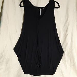 Sugar Rain black sleeveless tunic size L